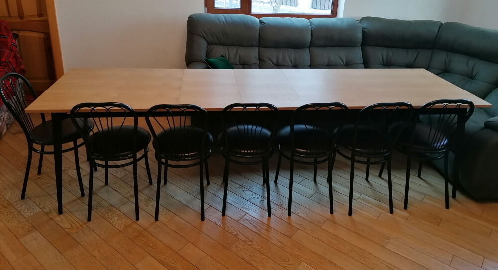 Большой раздвижной стол